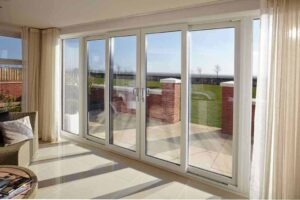 For maximum light and glass panes, we recommend sliding doors