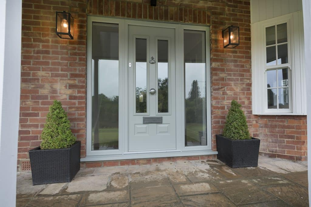 what to look for when buying a composite door